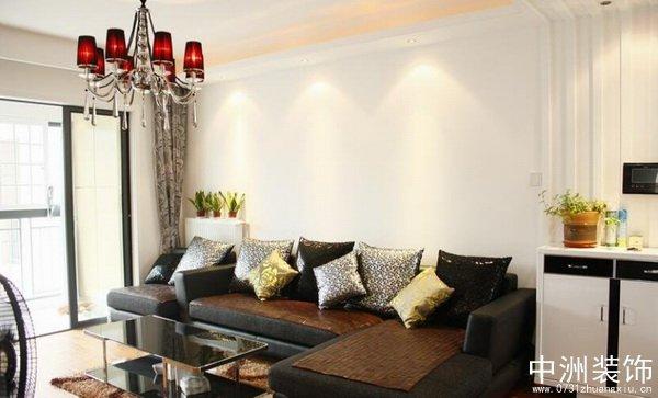 黑白现代风格客厅沙发装修实景图