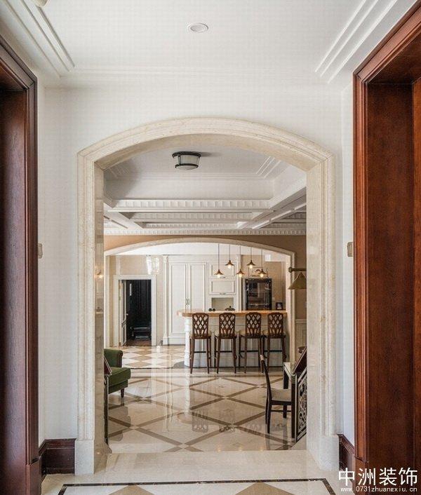 欧式古典别墅装修实景大厅一角